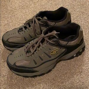 Men's sketchers with memory foam wide fit 10.5